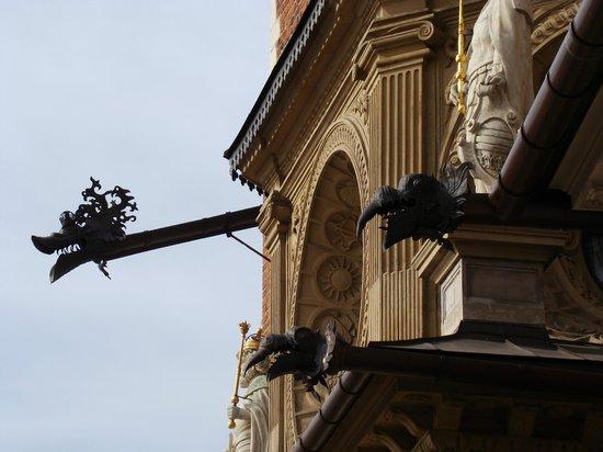 Krakow Free Walking Tour: The Dragons