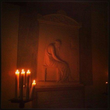 Accademia di Belle Arti Tadini: Antonio Canova, Stele Tadini a lume di candela