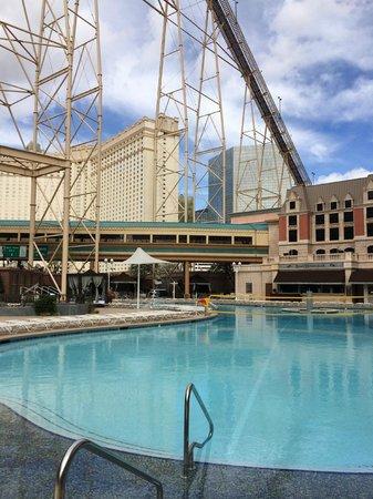 Pool Cabana Picture Of New York New York Hotel And Casino Las Vegas Tripadvisor
