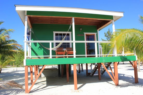 Coco Plum Island Resort: Mangrove Cabana. 15 steps from the ocean!  Highly recommend!