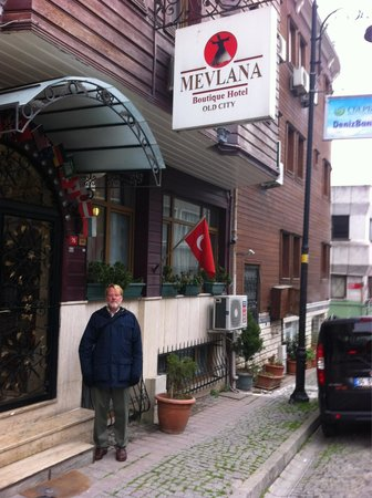 Mevlana Hotel: Good place to stay.