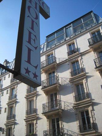 Parc Hotel Paris: Из окна