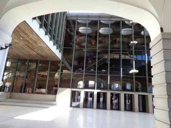 Teatro Regio di Torino : l'esterno