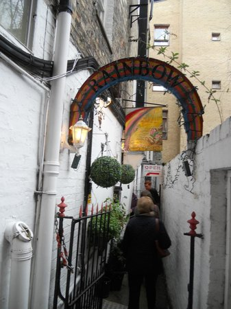 Rainbow Cafe: A narrow alley leads to the cafe