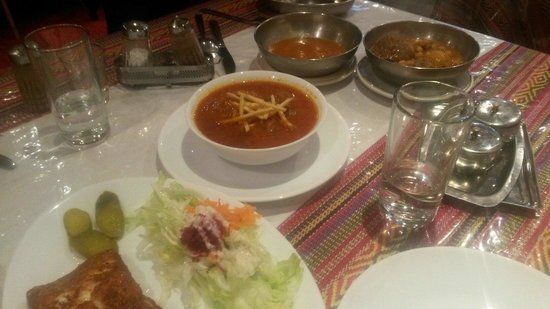 Darvish Traditional Persian Tea House and Restaurant: Chello khoresht Ghaymah