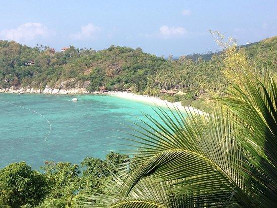 Jamahkiri Resort & Spa: View from the breakfast restaurant towards the wonderful beach in Shark Bay