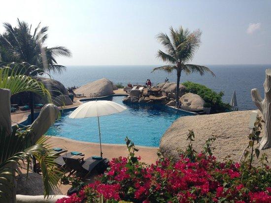 Jamahkiri Resort & Spa: The pool area