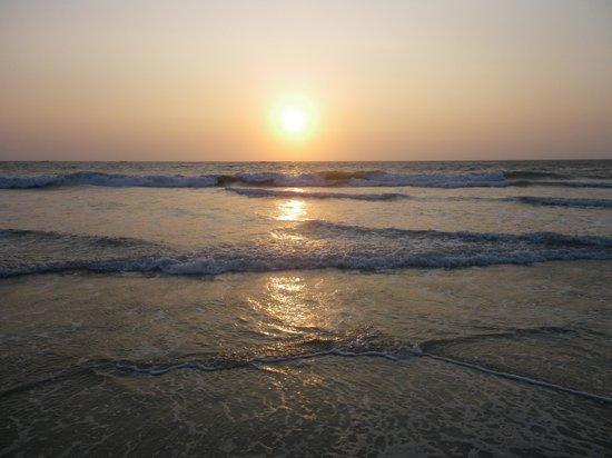The Zuri White Sands Goa Resort & Casino: Sonnenuntergang
