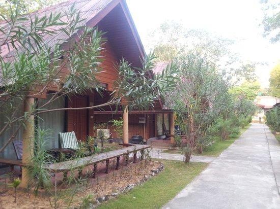 Golden Bay Cottages: Standard room