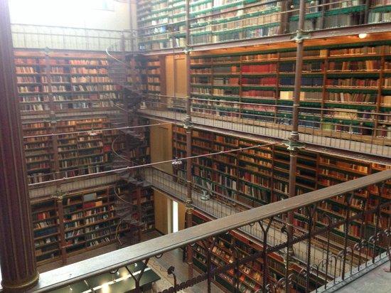 Rijksmuseum Amsterdam: library