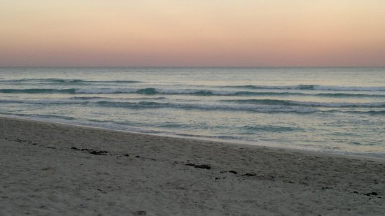 South Beach: late sunset on the bach, on January 2014