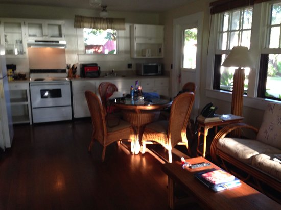 Waimea Plantation Cottages : #57 kitchen / dining with pocket window and view of ocean