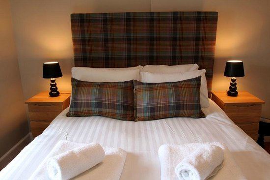 Old Churches House Hotel: Double Bedroom