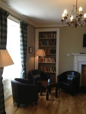 Old Churches House Hotel: Guest Lounge