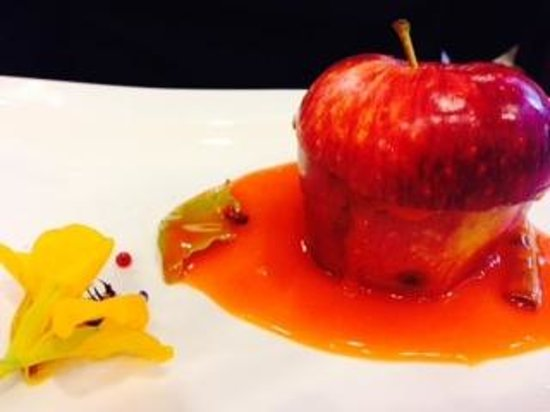 Can Oba Restaurant : Apple dessert