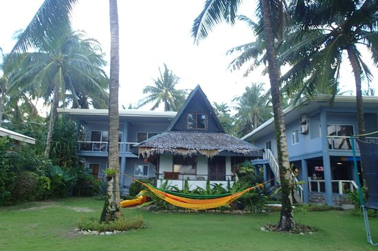 The Boardwalk at Cloud 9: the nipa hut cottage - beach front