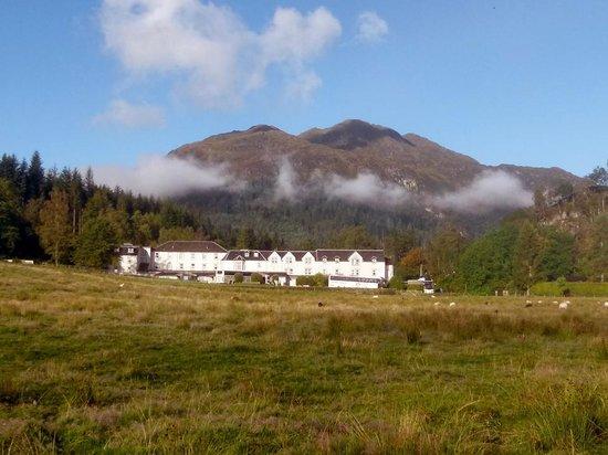 Loch Achray Hotel : View of Hotel
