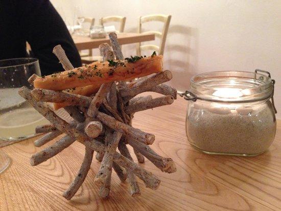 Ristorante Abocar Due Cucine: Cannoli di pasta fillo con squaquerone