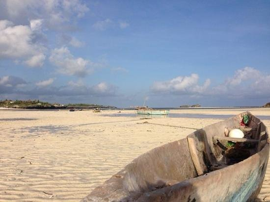 The Charming Lonno Lodge: Watamu beach