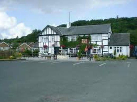 Guilsfield, UK: family friendly pub in lovely village