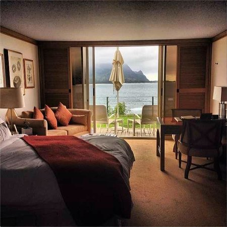 St. Regis Princeville Resort: Looks like a postcard, but this is really the room!