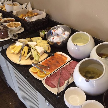 The Croke Park: Continental breakfast spread.