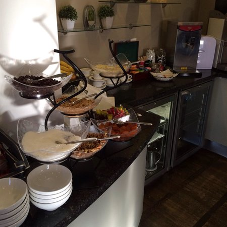 The Croke Park: Continental breakfast spread..