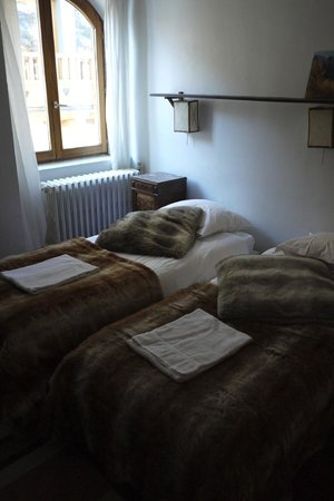 Hotel La Maison du Bez : Triple room