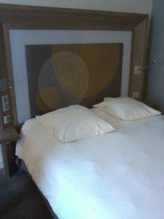 Hotel Novotel Le Mans: chambre occupée