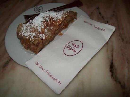 Café Diglas: ottimo strudel