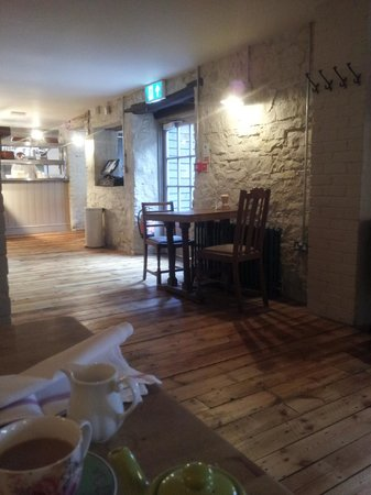 The White Hart Somerton: Dining area