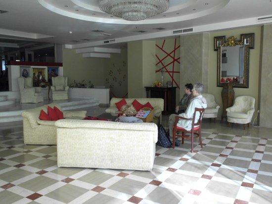Capsis Astoria Heraklion Hotel : Inkom