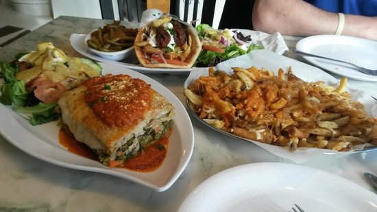 Filo's Greek Taverna