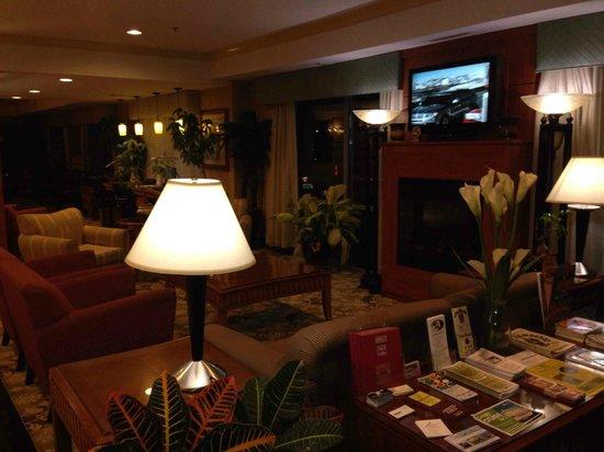 Comfort Suites Elizabethtown : Nice lobby
