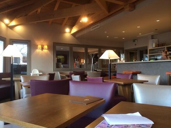 Hôtel Côté Sable : bar de l'hotel