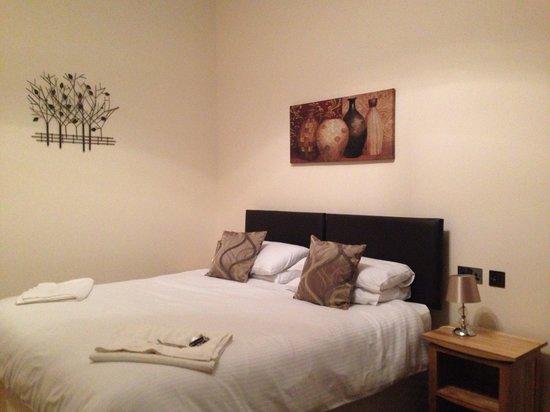 Grammar Lodge Guesthouse: Bedroom