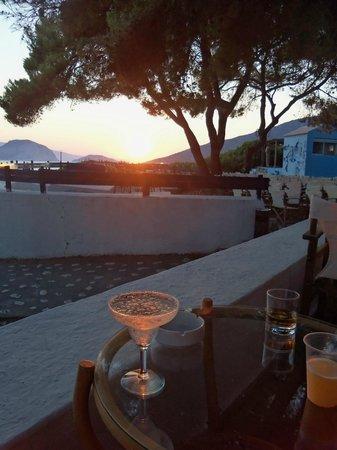 Marpunta Village Hotel: coucher du soleil