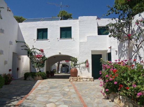 Marpunta Village Hotel: hôtel