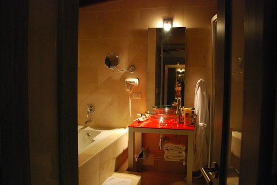 Armeria Real Luxury Hotel & Spa: bathroom