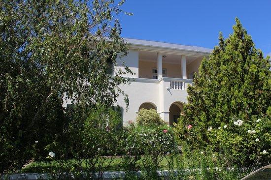 La Fontaine Guest House: Guest House