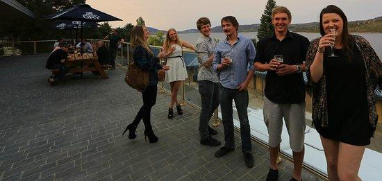 Lake Jindabyne Hotel: deck
