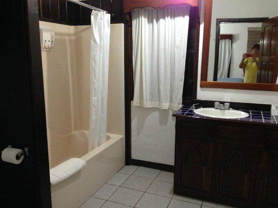 duPlooy's Jungle Lodge : Bath