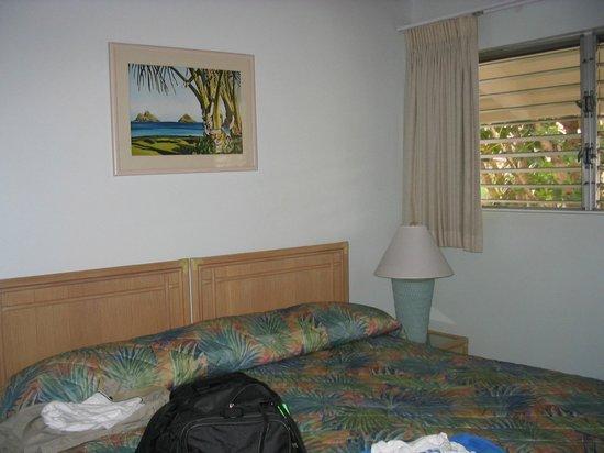 One Napili Way: Main bedroom