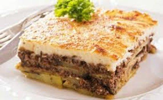 Dionysos Greek Restaurant: MOUSAKA