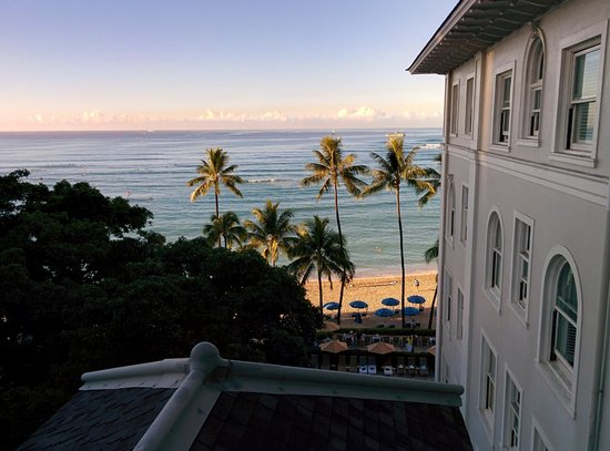 Moana Surfrider, A Westin Resort & Spa: View from a room