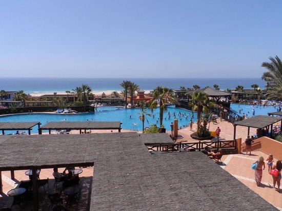 Barcelo Jandia Playa: widok na baseny
