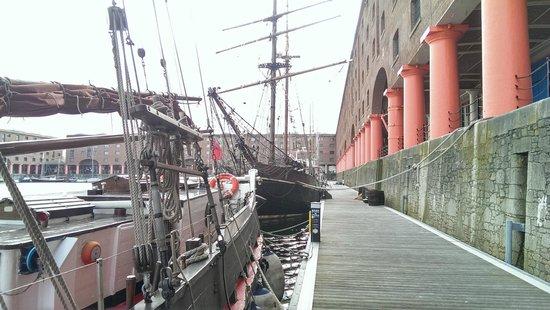 Merseyside Maritime Museum : Maritime musuem Albert Dock