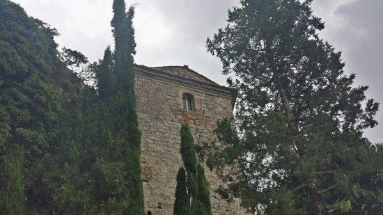 Fortezza di Girifalco: Una delle imponenti facciate