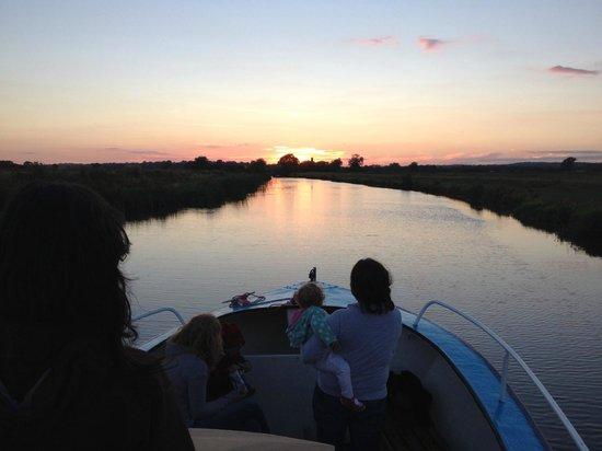 Bodiam Boating Station: Sunset cruise returning from Rye