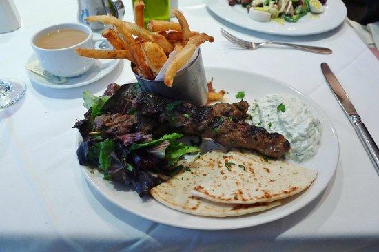 Avra Estiatorio: Bifteki Souvlaki